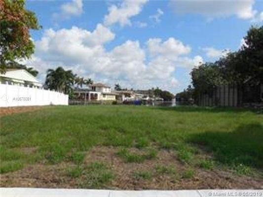 2811 Mckinley St, Hollywood, FL 33020 (MLS #A10678081) :: Lucido Global