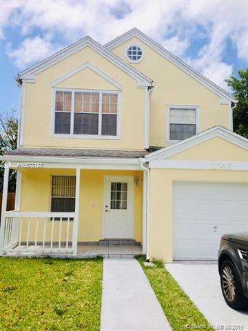 11743 SW 114th Ter, Miami, FL 33186 (MLS #A10678128) :: EWM Realty International