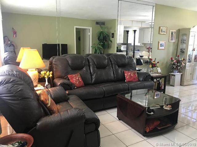 2303 Polk St #106, Hollywood, FL 33020 (MLS #A10678432) :: RE/MAX Presidential Real Estate Group