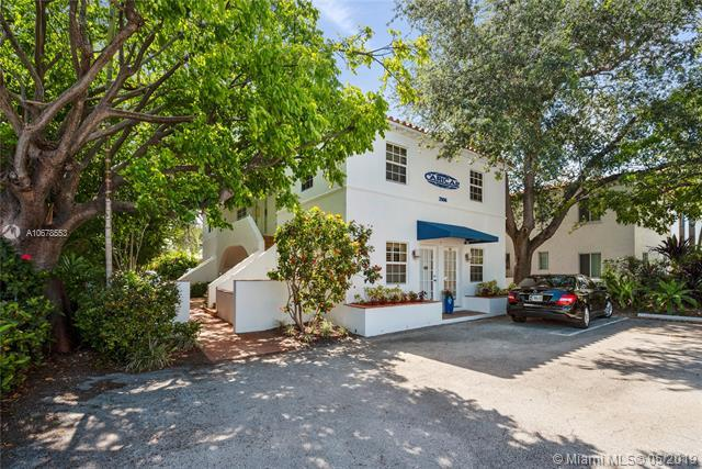 2906 S Douglas Rd, Coral Gables, FL 33134 (MLS #A10678553) :: RE/MAX Presidential Real Estate Group