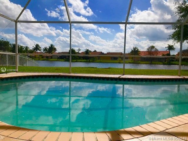 16346 NW 8th Dr, Pembroke Pines, FL 33028 (MLS #A10678620) :: EWM Realty International