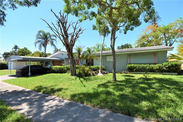3423 Arthur St, Hollywood, FL 33021 (MLS #A10678658) :: RE/MAX Presidential Real Estate Group