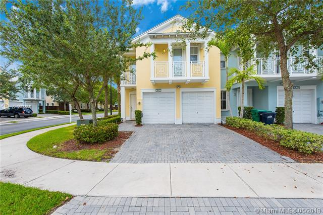7447 NW 107th Path #7447, Doral, FL 33178 (MLS #A10678665) :: The Jack Coden Group