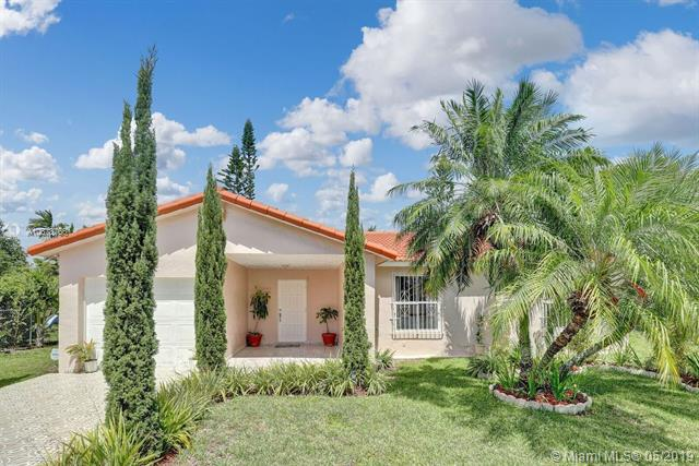 25397 SW 132 CT, Miami, FL 33032 (MLS #A10678766) :: EWM Realty International