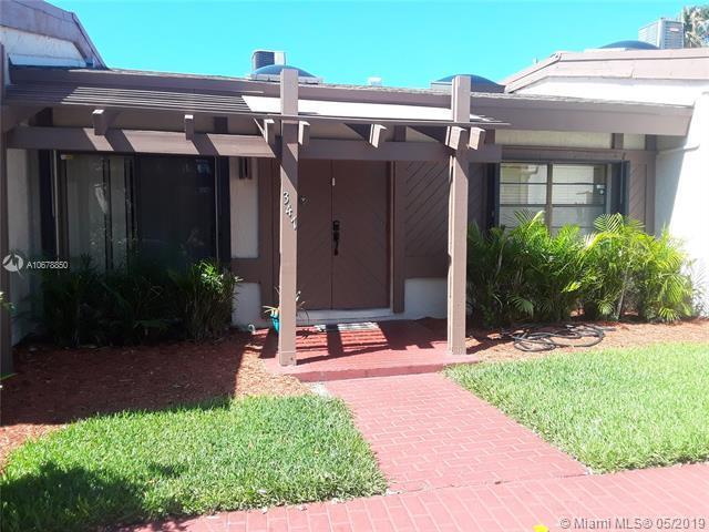 347 Leslie Dr #347, Hallandale, FL 33009 (MLS #A10678850) :: RE/MAX Presidential Real Estate Group