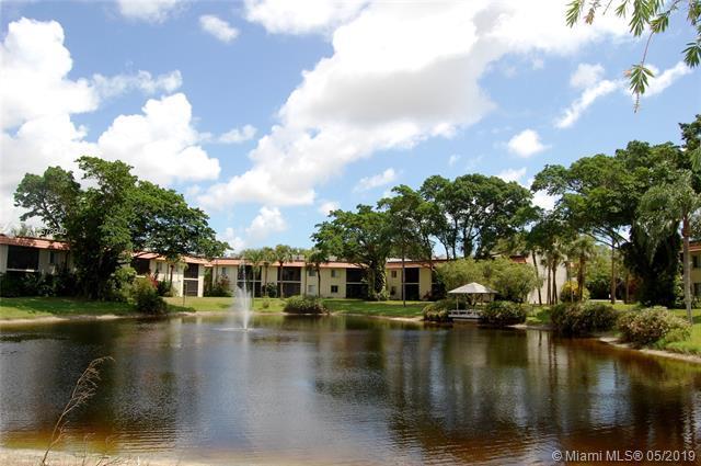 872 SW 9th Street Cir #202, Boca Raton, FL 33486 (MLS #A10678940) :: The Brickell Scoop