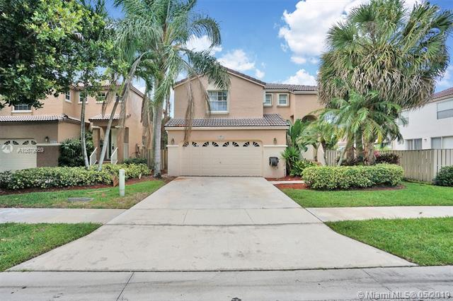 10943 NW 12th Ct, Plantation, FL 33322 (MLS #A10679059) :: RE/MAX Presidential Real Estate Group