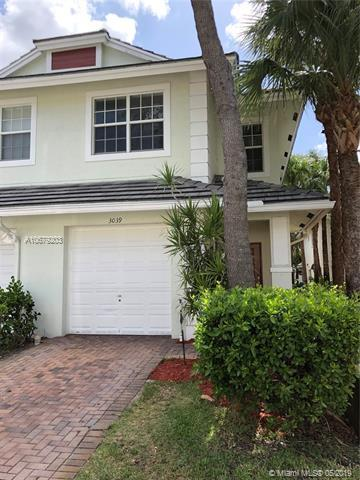 3039 NW 30th Ave, Oakland Park, FL 33311 (MLS #A10679203) :: RE/MAX Presidential Real Estate Group