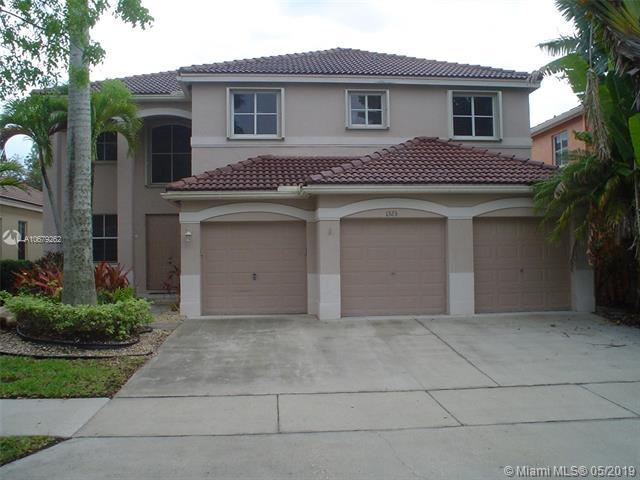 1323 Croton Ct, Weston, FL 33327 (MLS #A10679262) :: Green Realty Properties
