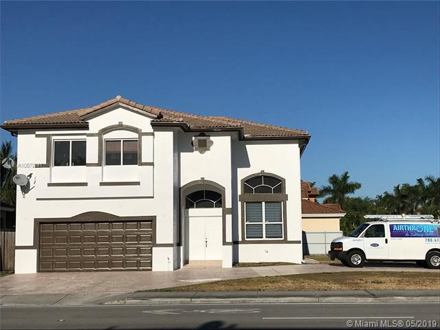 6105 SW 162nd Ave, Miami, FL 33193 (MLS #A10679291) :: The Rose Harris Group
