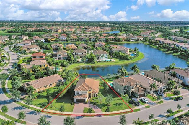 10290 Cameilla St, Parkland, FL 33076 (MLS #A10679317) :: EWM Realty International