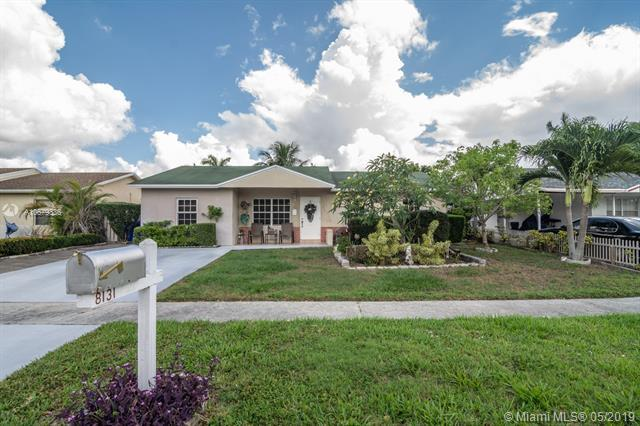 8131 SW 9th Pl, North Lauderdale, FL 33068 (MLS #A10679336) :: Green Realty Properties
