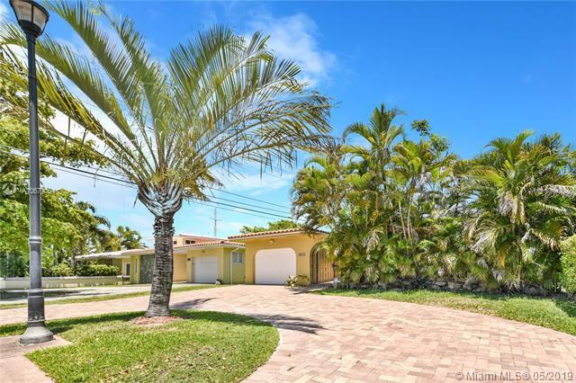 1581 Bird Rd, Coral Gables, FL 33146 (MLS #A10679361) :: EWM Realty International