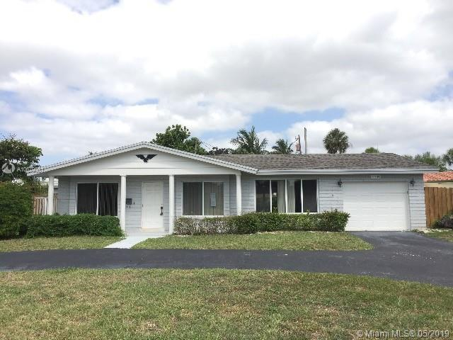 4401 NW 8th St, Coconut Creek, FL 33066 (MLS #A10679381) :: Green Realty Properties