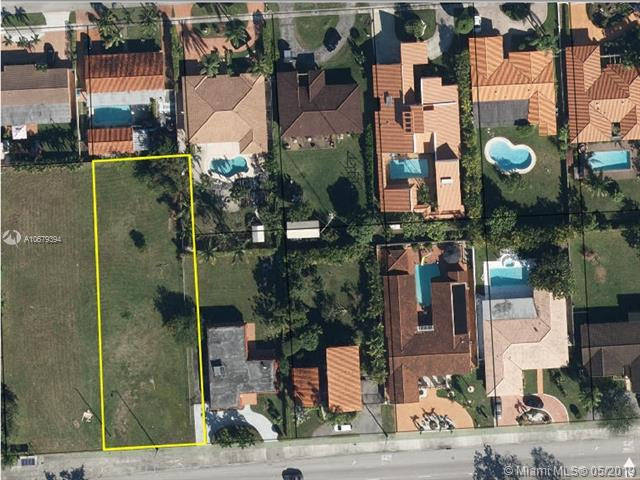 8801 SW 56th St, Miami, FL 33165 (MLS #A10679394) :: The Jack Coden Group