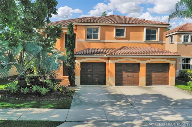1541 Sandpiper Cir, Weston, FL 33327 (MLS #A10679589) :: EWM Realty International
