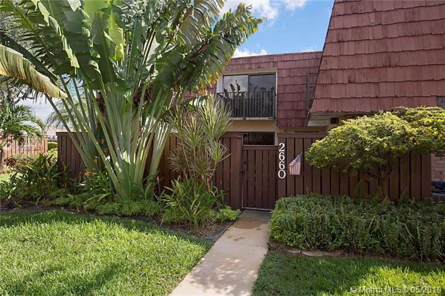2660 SW 15th St #2660, Deerfield Beach, FL 33442 (MLS #A10679641) :: Berkshire Hathaway HomeServices EWM Realty