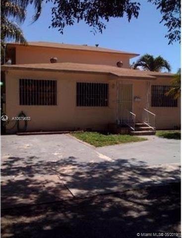 2935 SW 36th Ave, Miami, FL 33133 (MLS #A10679653) :: The Paiz Group