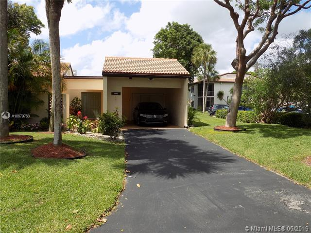 21744 Cypress Dr 18-B, Boca Raton, FL 33433 (MLS #A10679763) :: The Howland Group