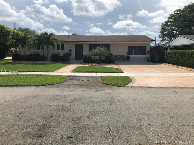 5800 SW 108th Pl, Miami, FL 33173 (MLS #A10679859) :: The Brickell Scoop