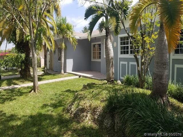 20761 SW 117th Ave, Miami, FL 33177 (MLS #A10679943) :: The Edge Group at Keller Williams