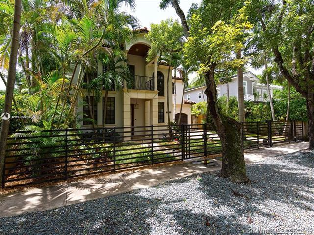 4080 Barbarossa Ave, Miami, FL 33133 (MLS #A10679978) :: The Adrian Foley Group