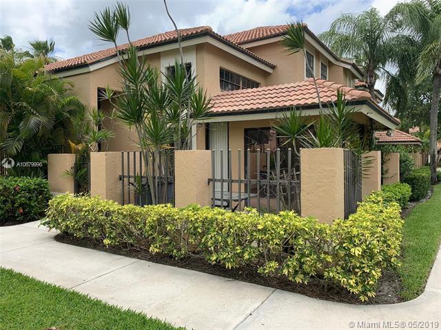 380 Prestwick Cir #4, Palm Beach Gardens, FL 33418 (MLS #A10679996) :: Grove Properties