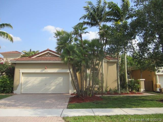 5869 NW 120th Ave, Coral Springs, FL 33076 (MLS #A10680004) :: The Adrian Foley Group