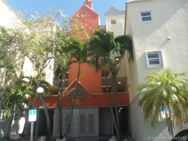 8225 Lake Dr #307, Doral, FL 33166 (MLS #A10680113) :: Green Realty Properties