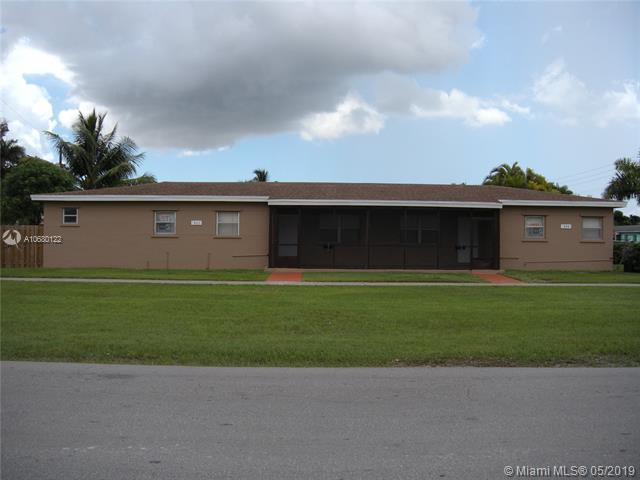 963 NE 2nd Ave, Homestead, FL 33030 (MLS #A10680122) :: The Jack Coden Group