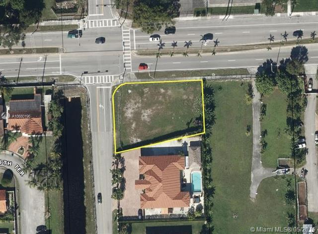 2601 SW 132 Avenue, Miami, FL 33175 (MLS #A10680196) :: Grove Properties