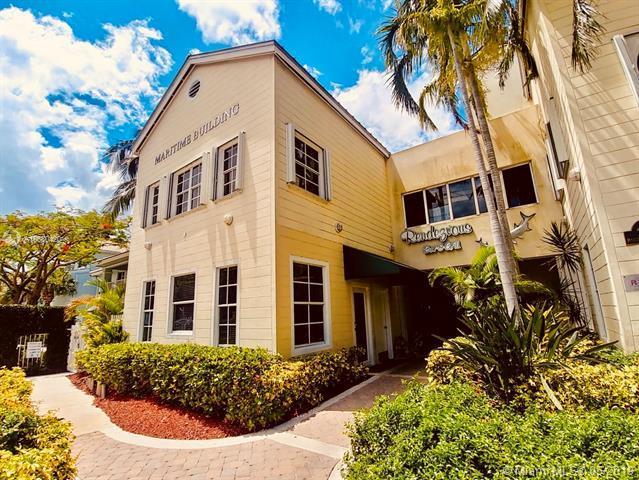 2525 Marina Bay Dr #101, 3580, FL 33312 (MLS #A10680420) :: The Brickell Scoop