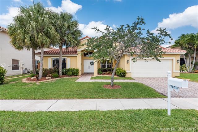 1568 SW 191st Ave, Pembroke Pines, FL 33029 (MLS #A10680735) :: Grove Properties