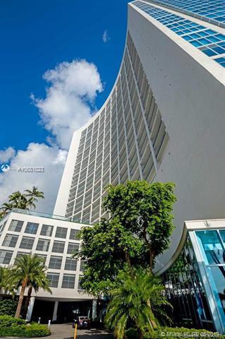 601 NE 36th St #1406, Miami, FL 33137 (MLS #A10681023) :: Green Realty Properties