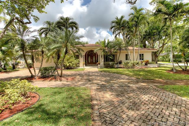 601 San Juan Dr, Coral Gables, FL 33143 (MLS #A10681097) :: Green Realty Properties