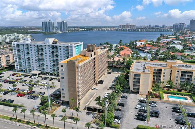 2903 N Miami Beach Blvd #601, North Miami Beach, FL 33160 (MLS #A10681134) :: The Kurz Team