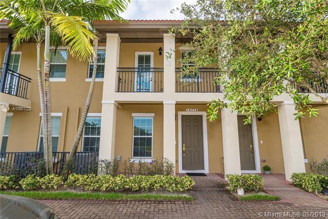 14756 SW 15th St, Pembroke Pines, FL 33027 (MLS #A10681228) :: Green Realty Properties