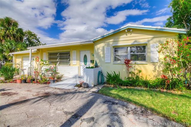 745 Hawthorne Dr, Lake Park, FL 33403 (MLS #A10681249) :: The Brickell Scoop