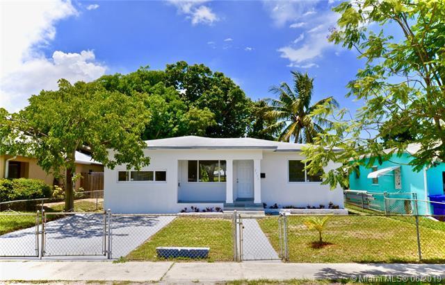 2535 Rodman St, Hollywood, FL 33020 (MLS #A10681408) :: EWM Realty International