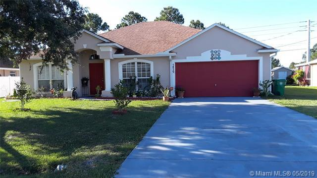 5829 NW Bates Ave, Port Saint Lucie, FL 34986 (MLS #A10681570) :: GK Realty Group LLC