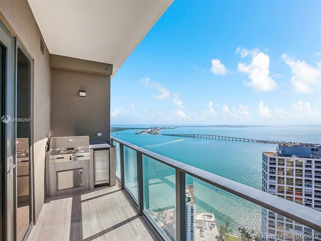 1451 Brickell Ave #4203, Miami, FL 33131 (MLS #A10682500) :: Berkshire Hathaway HomeServices EWM Realty