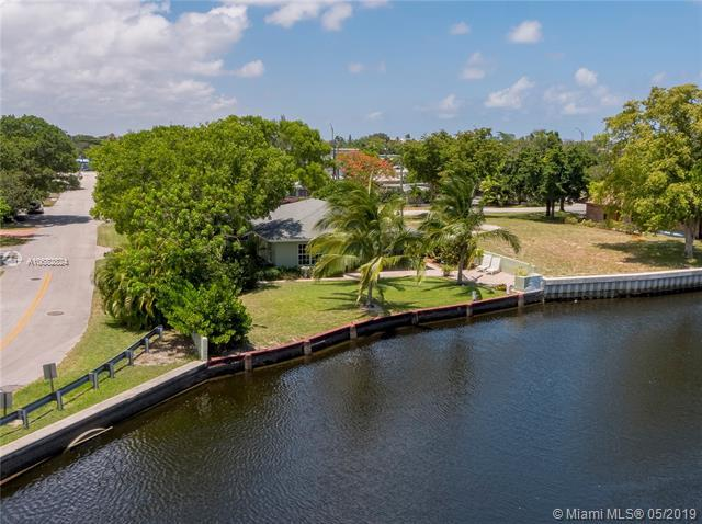 3012 NE 14th Ave, Oakland Park, FL 33334 (MLS #A10682824) :: The Brickell Scoop