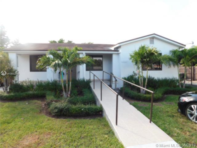 1330 SW 74 Court, Miami, FL 33144 (MLS #A10682945) :: Green Realty Properties
