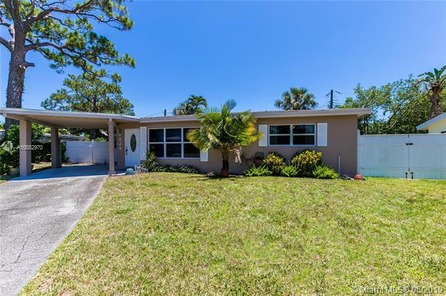 424 SW 13th St, Pompano Beach, FL 33060 (MLS #A10682970) :: The Brickell Scoop