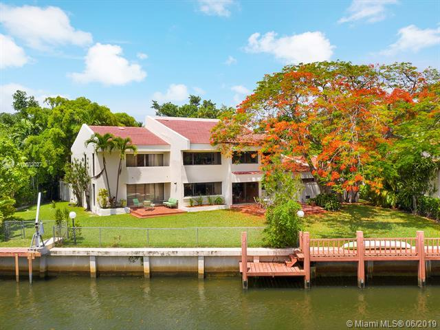 4030 Granada Blvd, Coral Gables, FL 33146 (MLS #A10683027) :: The Riley Smith Group