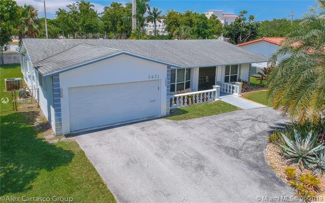3421 N 41st Ct, Hollywood, FL 33021 (MLS #A10683136) :: Green Realty Properties