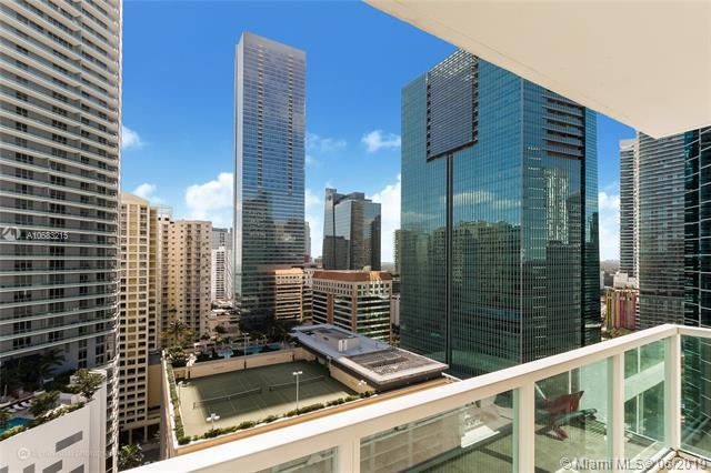 186 SE 12th Ter #2103, Miami, FL 33131 (MLS #A10683215) :: The Jack Coden Group
