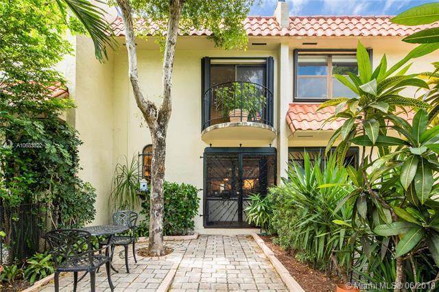 1617 NE 105th St 3-3, Miami Shores, FL 33138 (MLS #A10683322) :: The Jack Coden Group