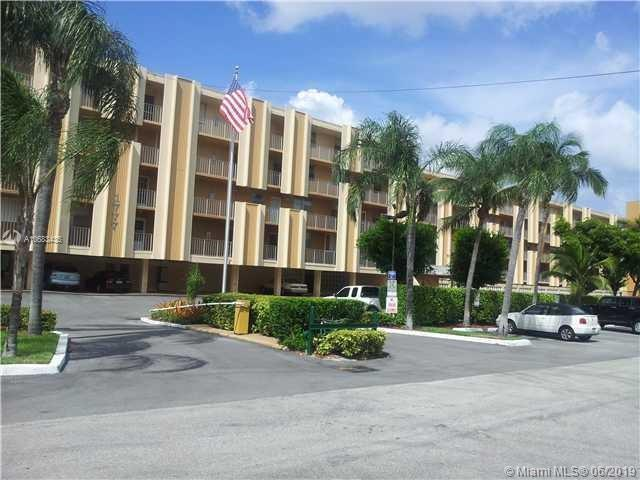 1777 SE 15th St #105, Fort Lauderdale, FL 33316 (MLS #A10683435) :: Green Realty Properties