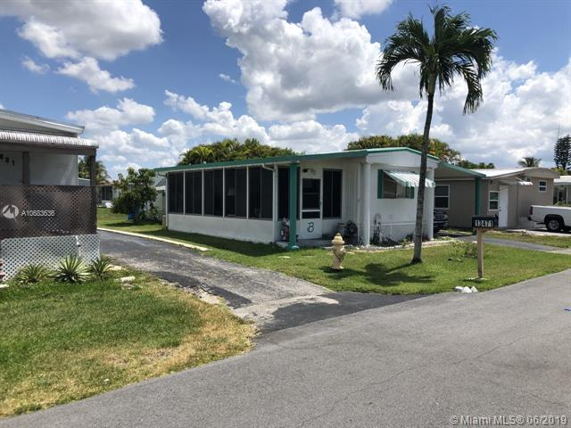 13471 NW 4th Ct, Plantation, FL 33325 (MLS #A10683636) :: Grove Properties